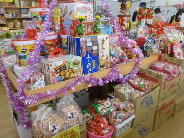 お菓子のオット 浄水店のお菓子コーナー